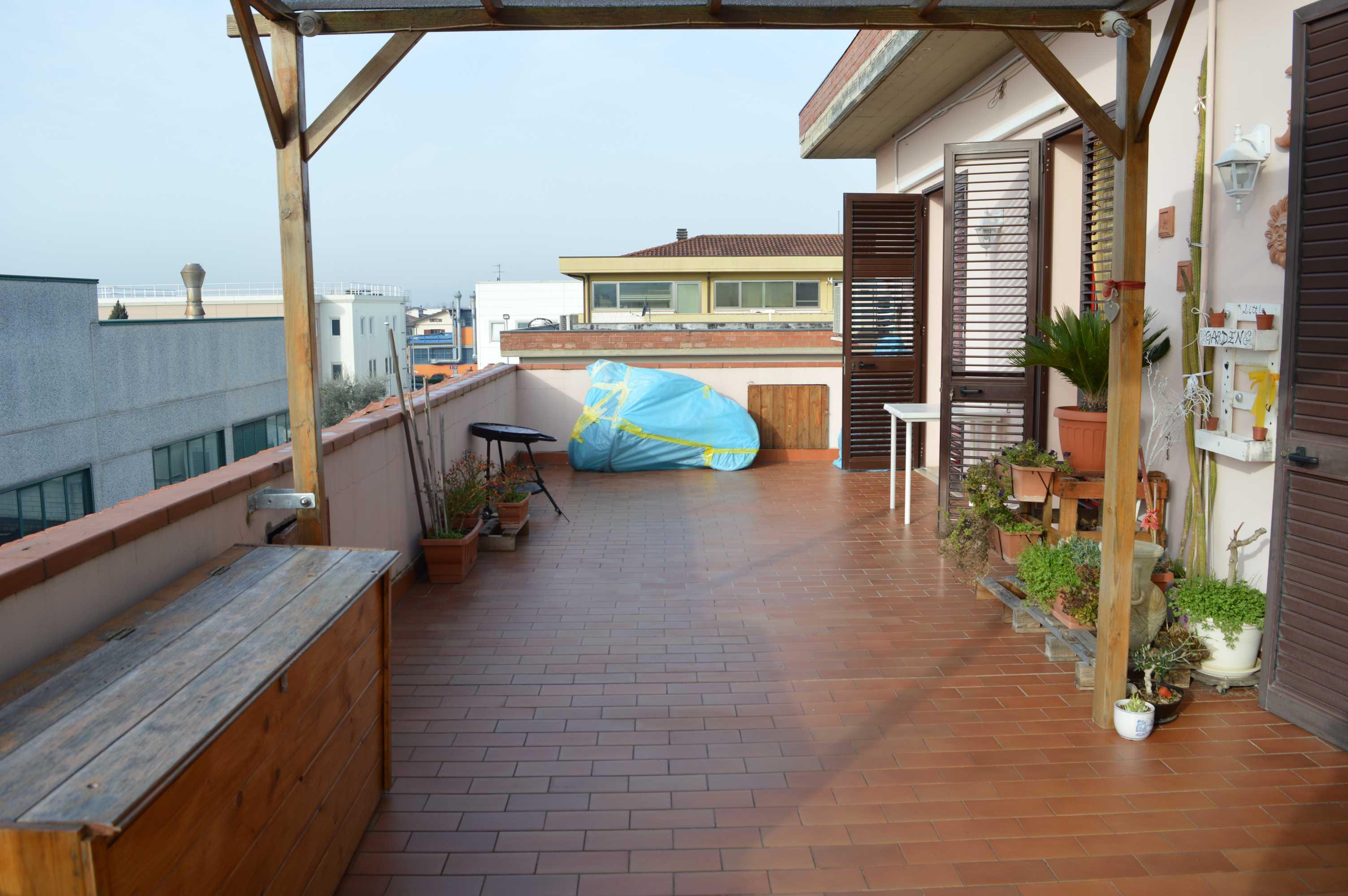 Appartamento in ottimo stato con terrazzo abitabile
