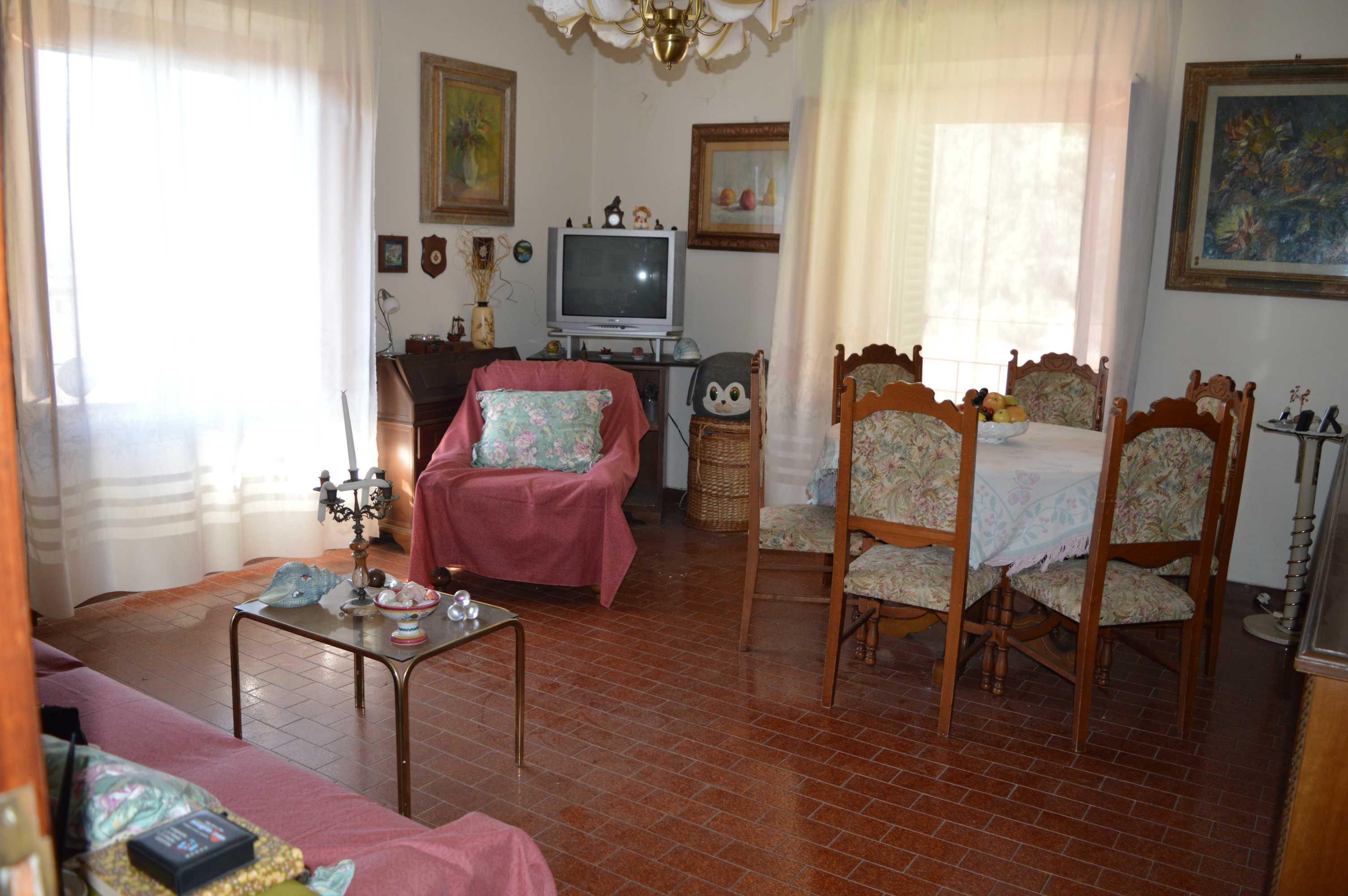 Casina Rossa – Appartamento di ca. 80 mq con cantina